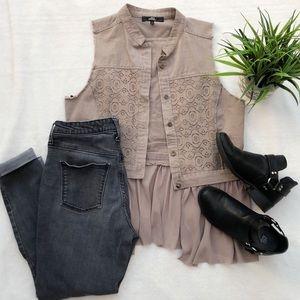 BKE Boutique Tan Lace Vest